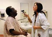 不同终振荡技术对冲洗液挤出未发育成熟牙齿根尖孔的容量分析